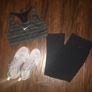 BOGO 1/2 OFF Cropped Nike leggings